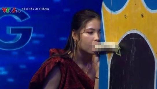 Người chơi nói về tiết mục bị chỉ trích gợi dục trên truyền hình-2