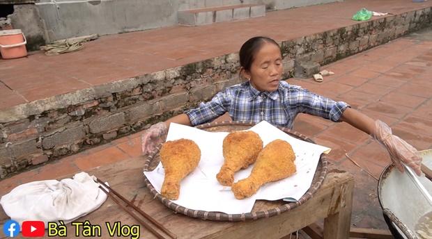 Có thù với món rán cứ làm là hỏng, bà Tân Vlog liền nghĩ ra cách nấu ăn siêu khéo-6