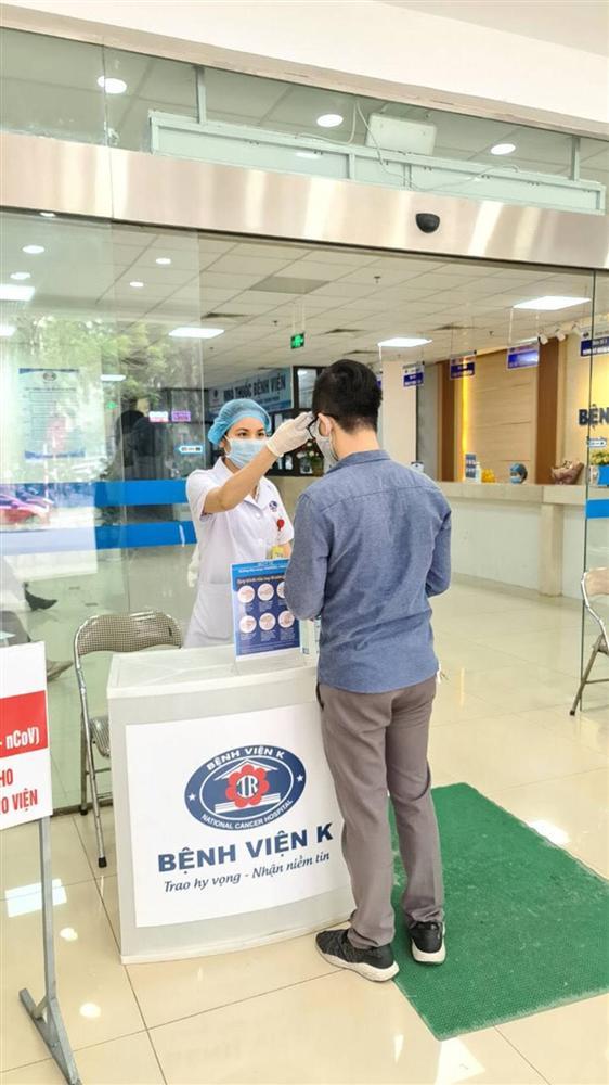 Sửng sốt với vũ điệu rửa tay Ghen Cô Vy của Bệnh viện K-5