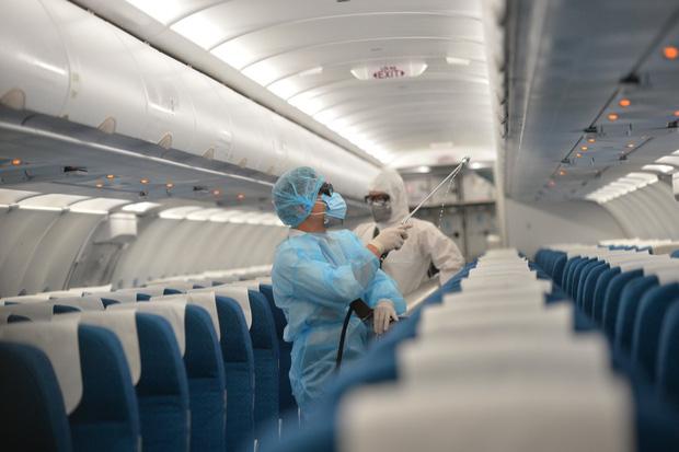 Vietnam Airlines cấm tiếp viên rời khỏi khách sạn lưu trú khi bay quốc tế-1