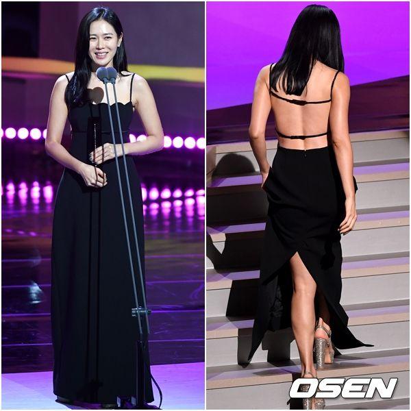 Lên phim bị váy áo che hết chứ ai ngờ ngoài đời Son Ye Jin gợi cảm, body sexy chuẩn chai coca thế này cơ mà-12