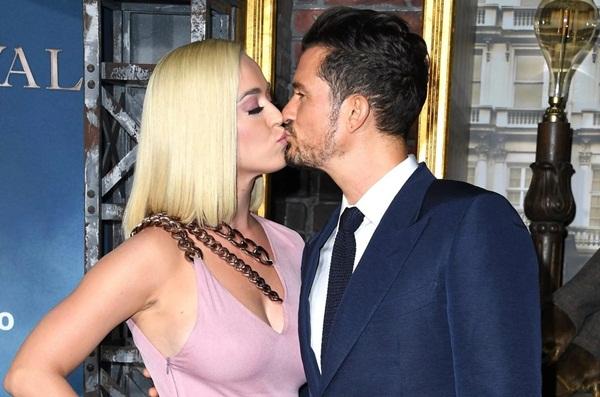 Katy Perry - mỹ nhân bị chồng bỏ chỉ bằng một tin nhắn-1