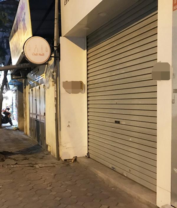 Hà Nội - nơi bệnh nhân 50 nhiễm Covid-19 sinh sống: Nhiều cửa hàng treo biển mong khách thông cảm, nghỉ bán hàng-8