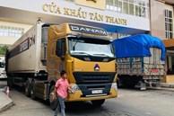 Thông quan gần 1.000 xe hàng sang Trung Quốc trong 2 ngày