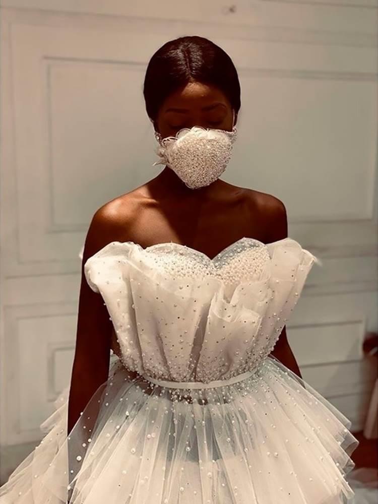 NTK Ai Cập tung combo chống dịch cho các cô dâu: Váy cưới cùng khẩu trang-2