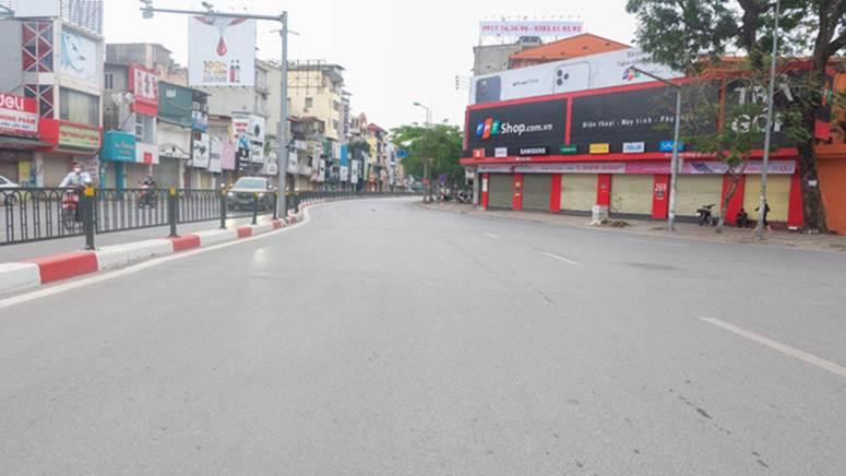 Ảnh: Phố phường Hà Nội vắng như mùng 1 Tết vì dịch Covid-19-2