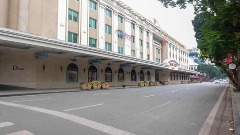Ảnh: Phố phường Hà Nội vắng như mùng 1 Tết vì dịch Covid-19-7