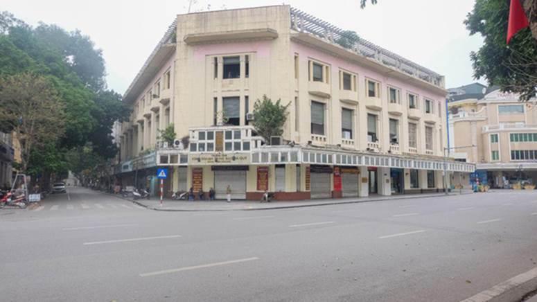 Ảnh: Phố phường Hà Nội vắng như mùng 1 Tết vì dịch Covid-19-8