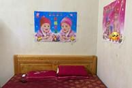 30 tuổi mà mãi chưa chịu lấy vợ, nam thanh niên được phụ huynh 'decor' phòng ngủ đặc biệt thế này đây