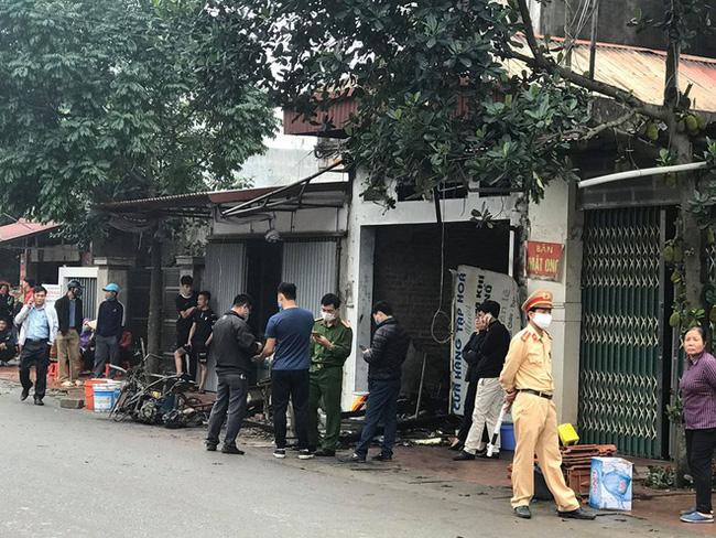 Hưng Yên: Cháy nhà lúc nửa đêm khiến đôi vợ chồng cùng con nhỏ tử vong-1