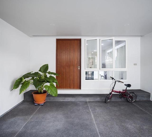 """Choáng ngợp ngôi nhà 300m2 với khu vườn bonsai toàn cây khủng""""-2"""