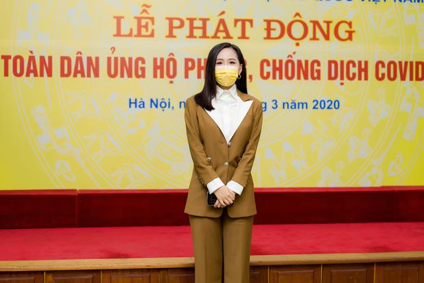 Hoa hậu Mai Phương Thuý gặp Thủ tướng Chính phủ, đại diện ủng hộ 20 tỷ đồng phòng chống đại dịch Covid-19-2