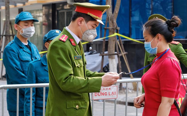 Hơn 3.700 người từ Hà Nội về Yên Bái tự cách ly tại nhà-1