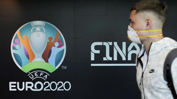 EURO 2020 hoãn 1 năm, UEFA yêu cầu CLB bồi thường-1