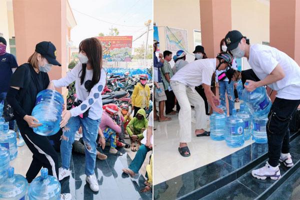 Hari Won, Tuấn Trần mang 1.610 bình nước đi từ thiện ở Tiền Giang