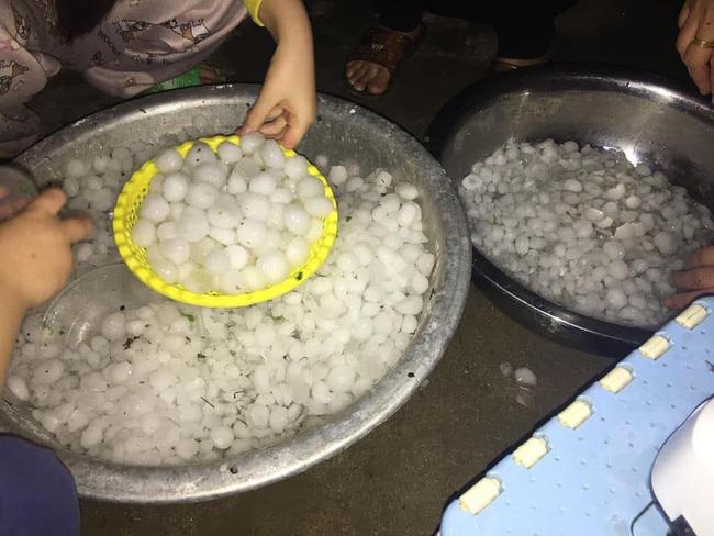 Mưa đá kinh hoàng ở Lai Châu, Lào Cai: Mật độ dày đặc, hạt mưa to như quả trứng gà-1