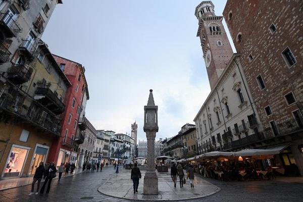 Thị trấn Vò ở Italy xóa sổ ca nhiễm mới nhờ theo cách Hàn Quốc-3