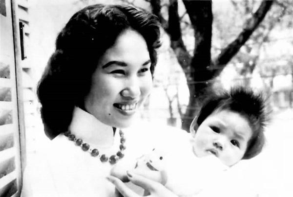 Danh ca Thái Thanh: Sau âm nhạc là huyền thoại về một người mẹ khiến ai cũng ngưỡng mộ-6