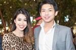 Con trai tỷ phú - Hiếu Nguyễn đeo túi giúp mẹ: Hành động còn hơn nhiều lời nói thương, tinh tế thật sự-3
