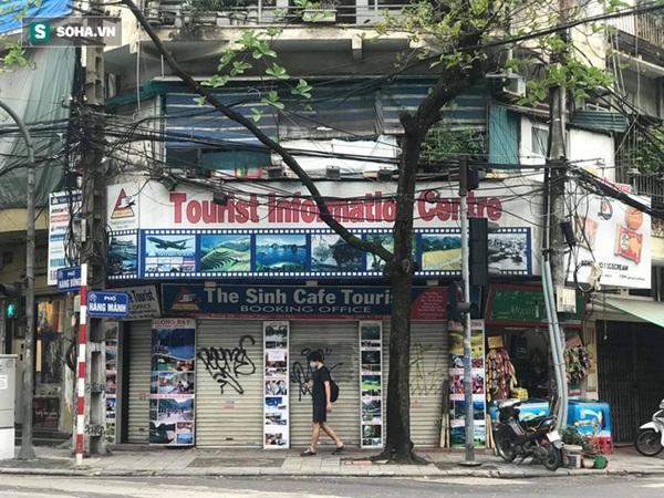 """Căng mình"""" chống đỡ Covid-19 không thành, hàng loạt văn phòng tour ở Hà Nội đóng cửa-1"""