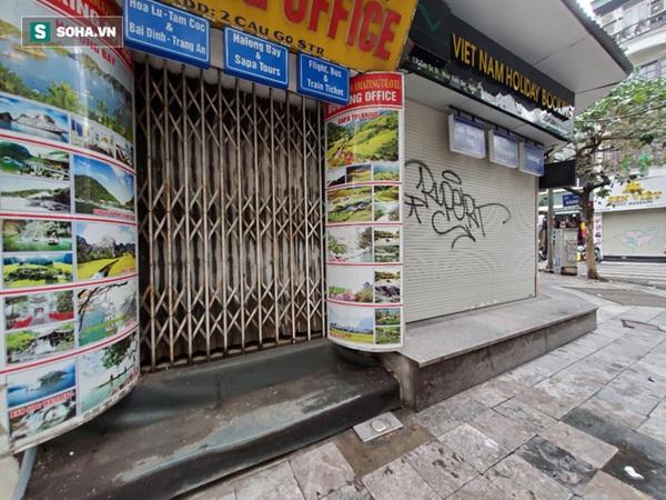 """Căng mình"""" chống đỡ Covid-19 không thành, hàng loạt văn phòng tour ở Hà Nội đóng cửa-9"""