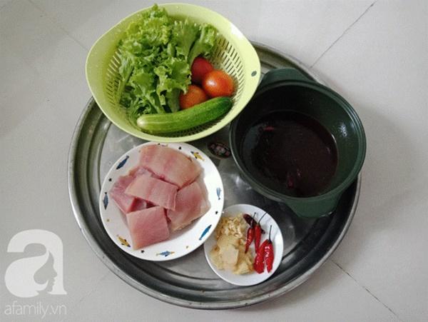 Nấu món cá kho đậm đà, đưa cơm kiểu này chồng con khen không ngớt lời-2