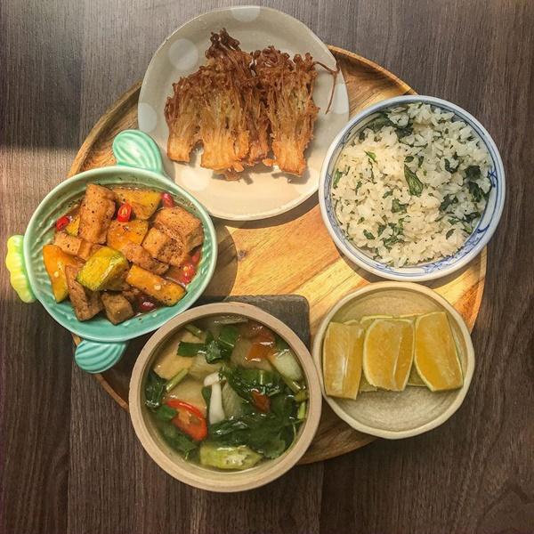 Thực đơn mâm cơm thuần chay dễ chế biến cho người bận rộn-2