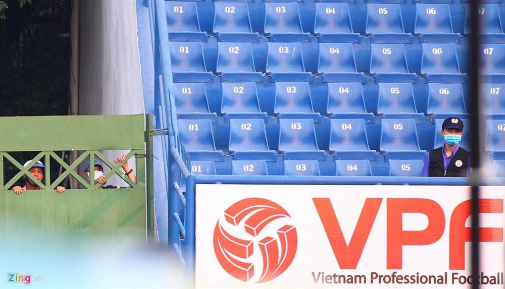 Cầu thủ Việt Nam thay đổi cách giao tiếp trên sân cỏ-9