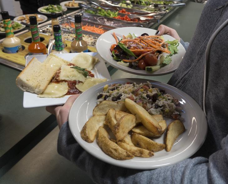 Khách ăn thoải mái vẫn lãi to, mẹo riêng giấu kín của hàng buffet-1