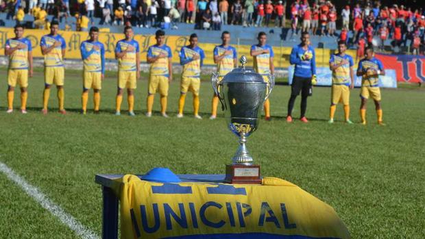 Xuất hiện giải VĐQG đầu tiên trên thế giới kết thúc sớm vì Covid-19, trao luôn cúp vô địch cho đội dẫn đầu-1