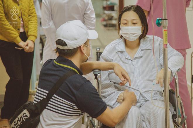Giọt nước mắt của người đàn ông khi chứng kiến vợ mang thai 37 tuần bỗng phát hiện ung thư máu-2