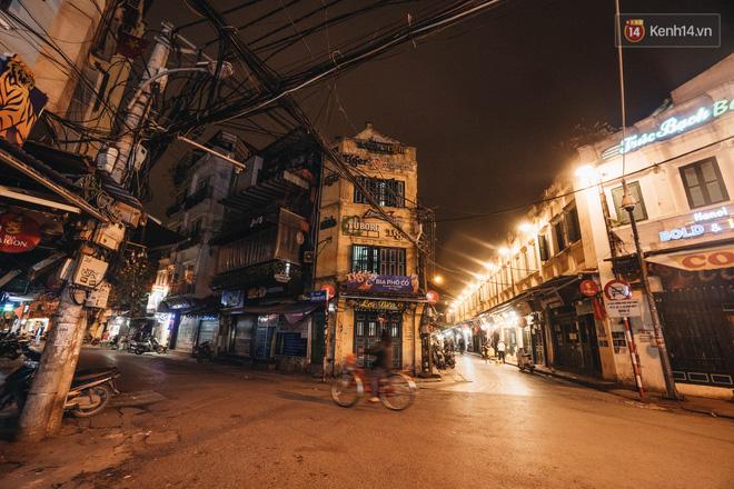 Hưởng ứng lời kêu gọi, hàng loạt hàng quán ở Hà Nội rủ nhau đóng cửa vô thời hạn để chống lại dịch Covid-19-3