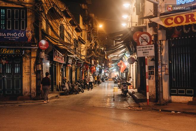Hưởng ứng lời kêu gọi, hàng loạt hàng quán ở Hà Nội rủ nhau đóng cửa vô thời hạn để chống lại dịch Covid-19-5