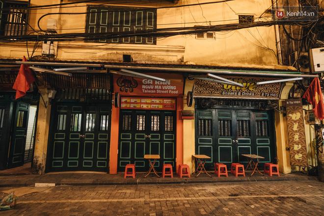 Hưởng ứng lời kêu gọi, hàng loạt hàng quán ở Hà Nội rủ nhau đóng cửa vô thời hạn để chống lại dịch Covid-19-6