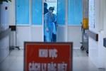 Bệnh viện London thất thủ vì Covid-19, y tá kiệt sức trùm túi rác làm việc do đồ bảo hộ thiếu trầm trọng-3