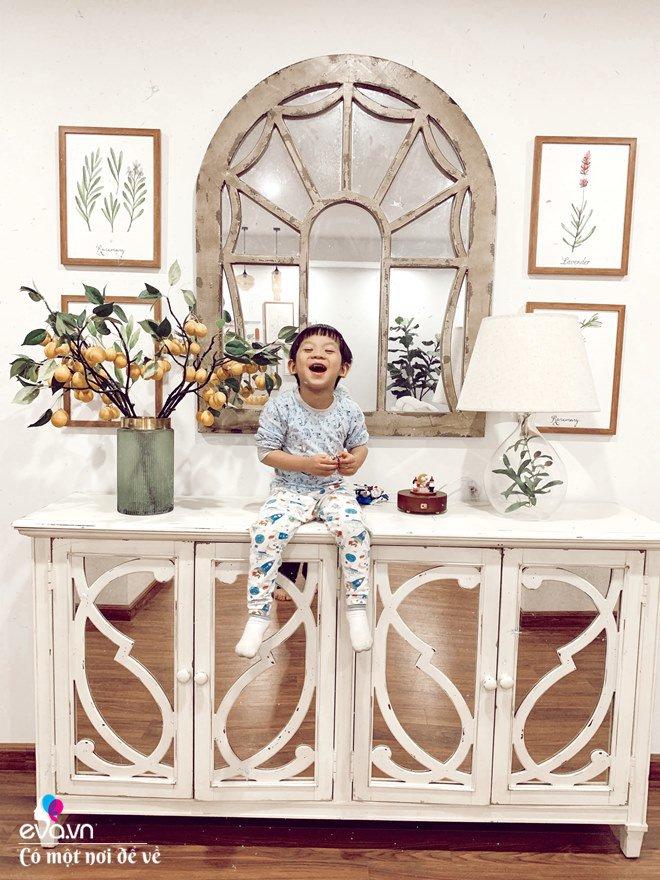 Mẹ Hà Nội tự thiết kế nhà chung cư, ai vào cũng thích thú vì ngỡ như ở trời Âu-6