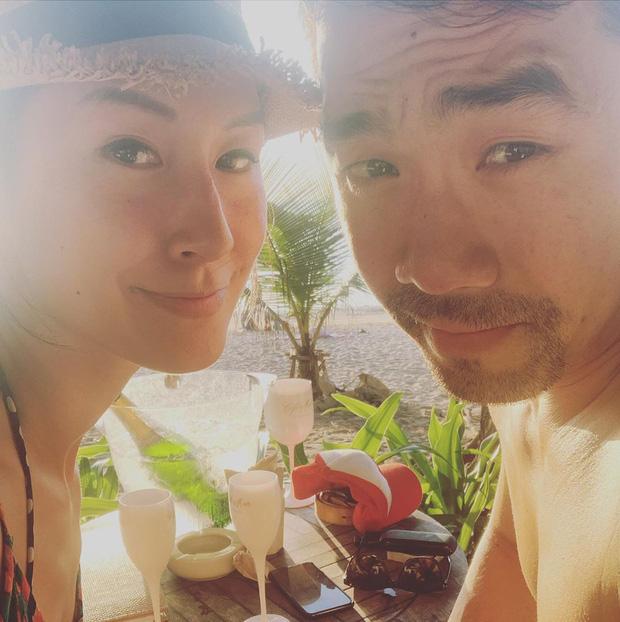 Khi sao Vbiz bất ngờ công khai nửa kia: Phương Oanh và bạn trai cực tình, Kathy Uyên yêu bạn thân vợ chồng Hà Tăng sau 7 năm?-1