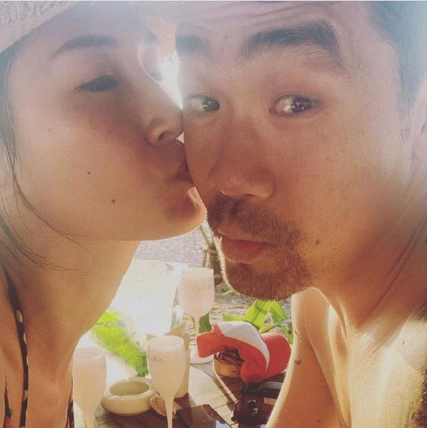 Khi sao Vbiz bất ngờ công khai nửa kia: Phương Oanh và bạn trai cực tình, Kathy Uyên yêu bạn thân vợ chồng Hà Tăng sau 7 năm?-2