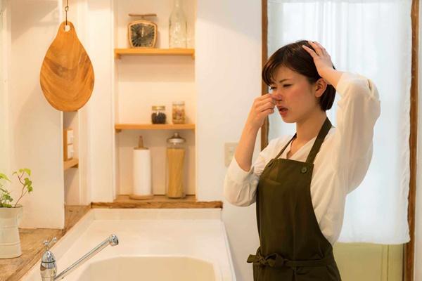 Cách xử lý mùi hôi cống trong nhà vệ sinh, 5 phút xong ngay nhưng hiệu quả bất ngờ-2