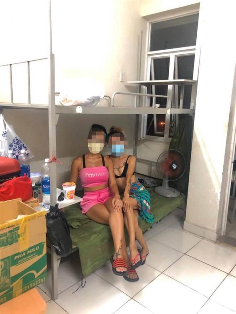 Cô gái bị chỉ trích vì chê khu cách ly bẩn, không có dịch vụ ship đồ-1