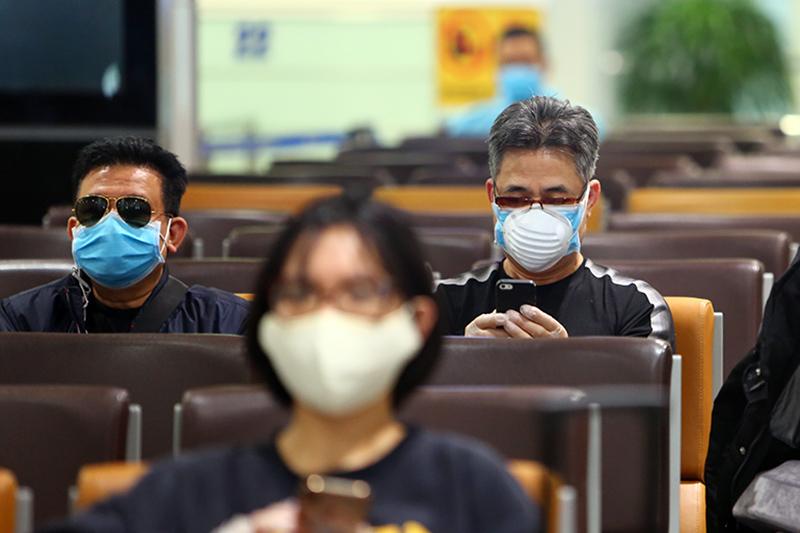 Chia sẻ từ sân bay Nội Bài của những người về nước để an toàn hơn-2