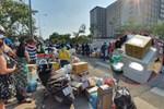 Chủ tịch Hà Nội: Không nên tiếp tế đồ ăn, các trường hợp cách ly đều đang được thành phố chăm sóc tốt-2