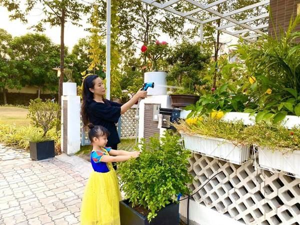 Phát sốt với vườn cây xanh mướt trong biệt thự sang trọng của Trịnh Kim Chi-1