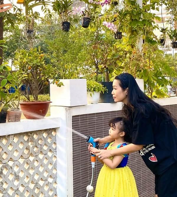 Phát sốt với vườn cây xanh mướt trong biệt thự sang trọng của Trịnh Kim Chi-5