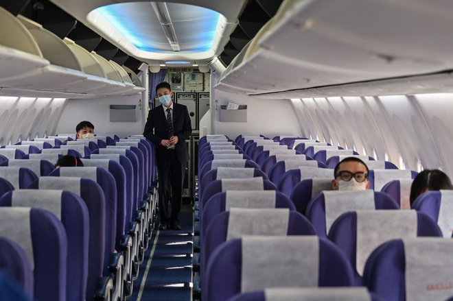 Tiếp viên hàng không: Làm không lương, về thì sợ lây bệnh cho cả nhà-3