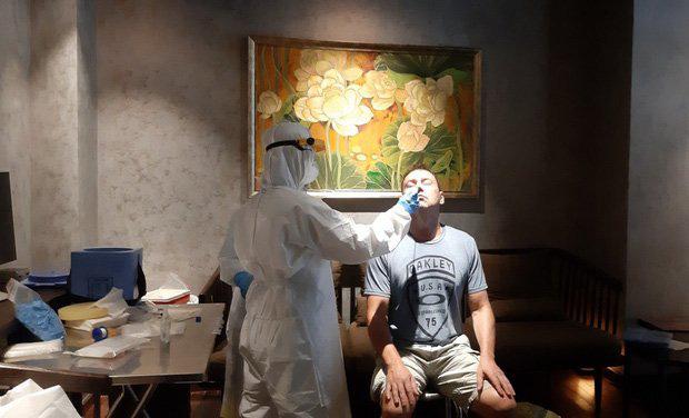 TP.HCM: Xử trí ổ dịch tại quán bar Buddha, 3 người đã nhiễm Covid-19 sau khi tiếp xúc với phi công Vietnam Airlines-2