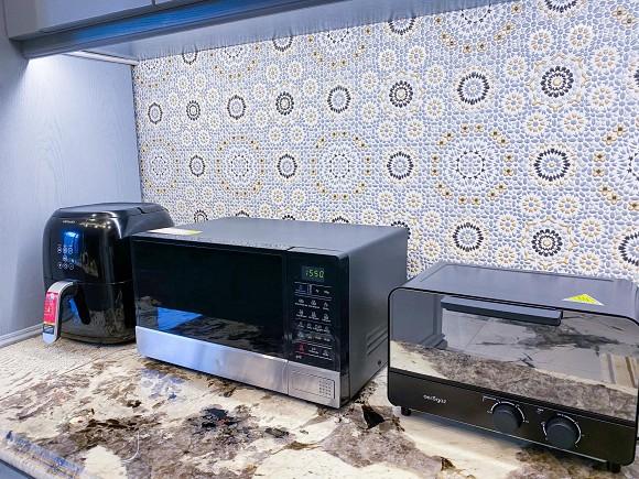 Cận cảnh không gian căn bếp thiết kế theo phong cách tân cổ điển trong biệt thự của gia đình Đăng Khôi-10