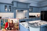 Cận cảnh không gian căn bếp thiết kế theo phong cách tân cổ điển trong biệt thự của gia đình Đăng Khôi
