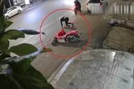 Trộm lóng ngóng vứt xe máy bỏ chạy khi bé trai tri hô