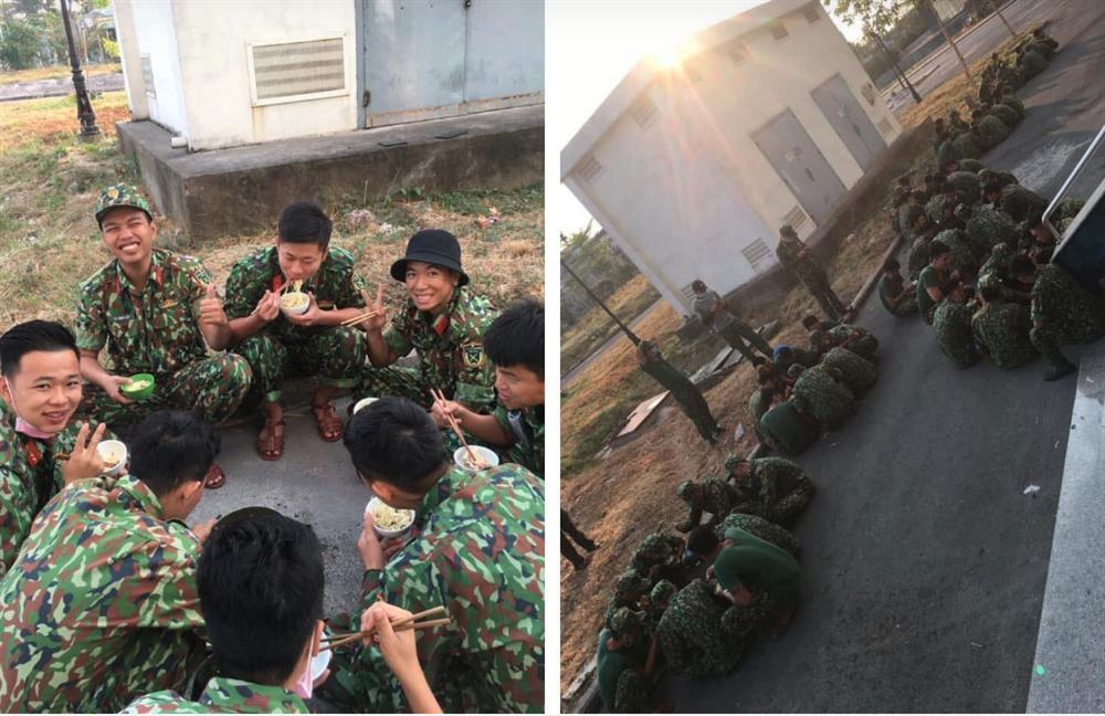 Hình ảnh bữa sáng với vài vắt mì độn toàn giá đỗ của các chiến sĩ phục vụ trong khu cách ly khiến nhiều người vô cùng cảm kích-3